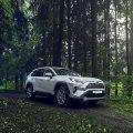 Японцы останаливают в России производство кроссовера Toyota RAV4