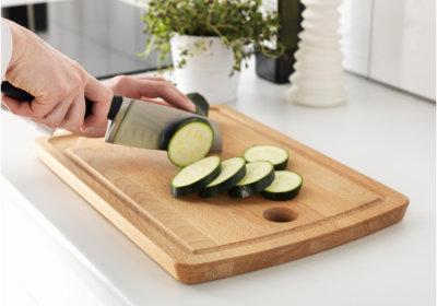 7 правил для сохранения красоты кухонного стола