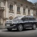В России начались продажи обновленного Toyota Land Cruiser 200