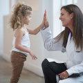 Как помочь ребенку не бояться докторов