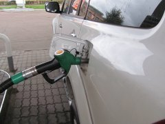 Что делать, если в бензобак залит некачественный бензин?