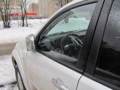 Почему опытные водители на парковке никогда не складывают зеркала?