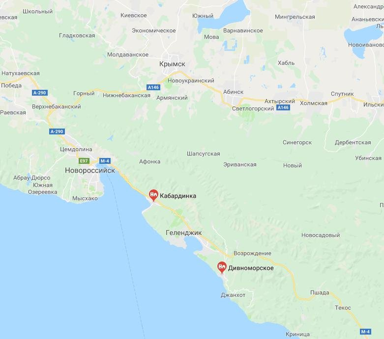 Расположение Дивноморского и Кабардинки