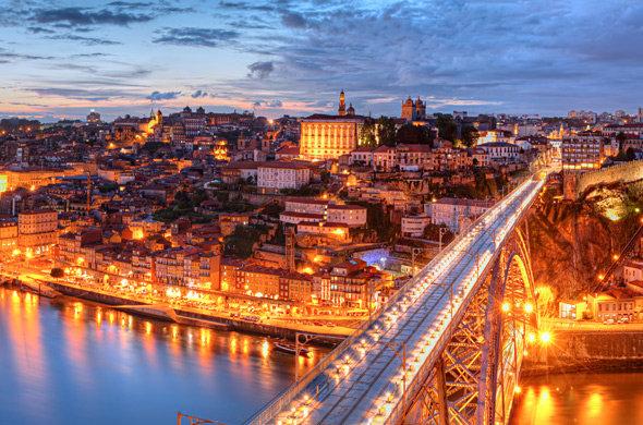 Мост в городе Порту