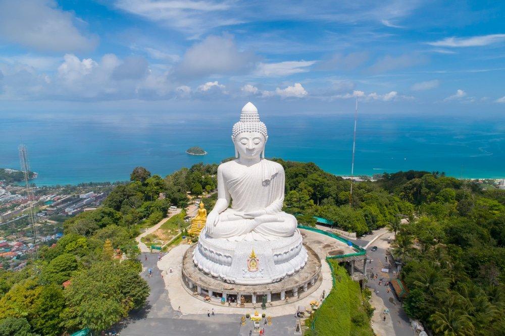 Статуя Будды на Пхукете