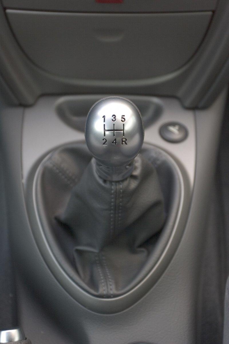 Что будет, если на механике постоянно переключаться на «нейтралку» в пробках?