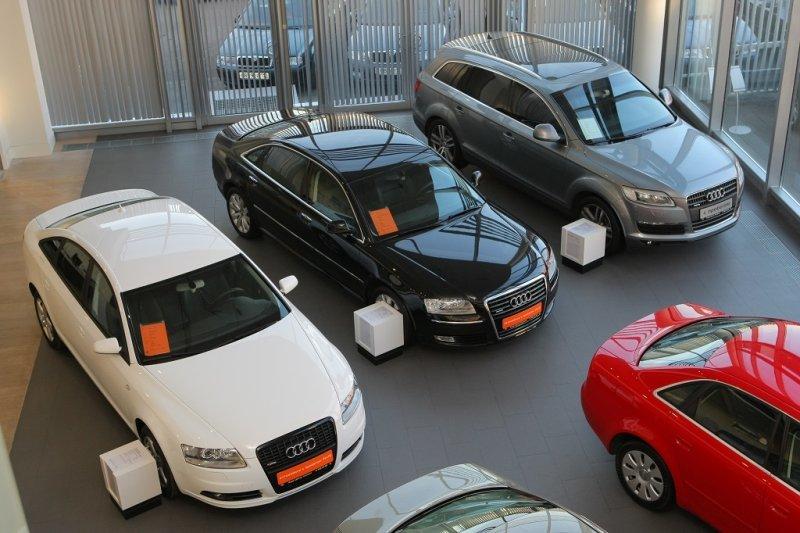 Какие машины с возрастом меньше всего теряют в цене?