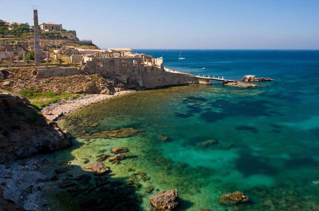 сицилийский берег