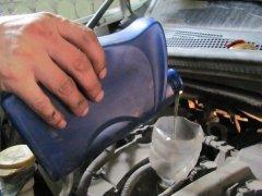 В каких случаях при замене масла нужно промывать двигатель?