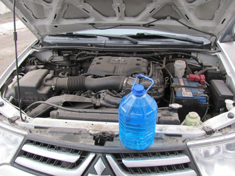 Какие ошибки совершают автовладельцы при запуске двигателя зимой?