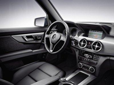В России нашли серьезный дефект сразу у нескольких моделей Mercedes-Benz
