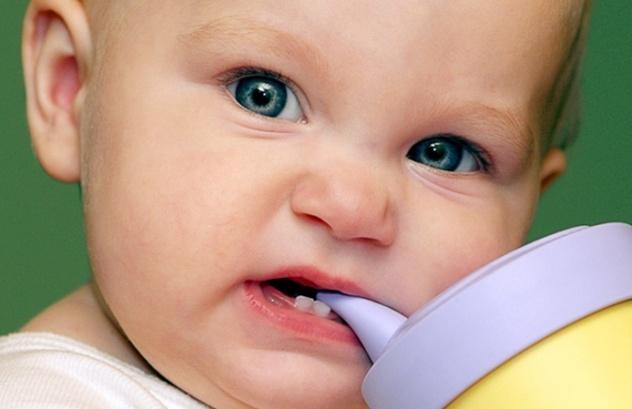 Как отучить годовалого ребенка кусаться и щипаться