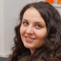 Алена Литвинова